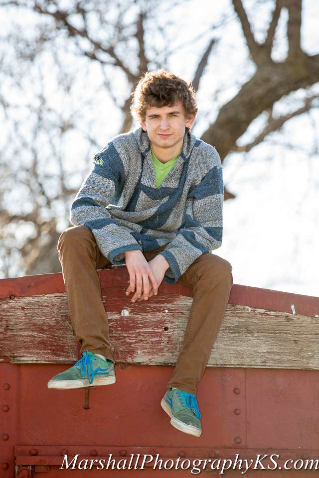 wichita senior photos farm drake-3